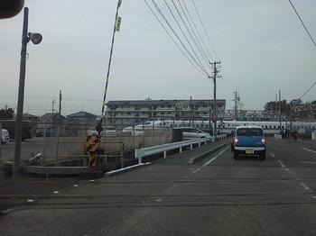 160330 新幹線踏み切り②.jpg